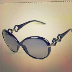 New Women's Roberto Cavalli Sunglasses